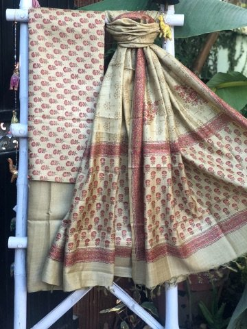 Beige & Red Pashmina Silk Block Print Woven Dupatta Set
