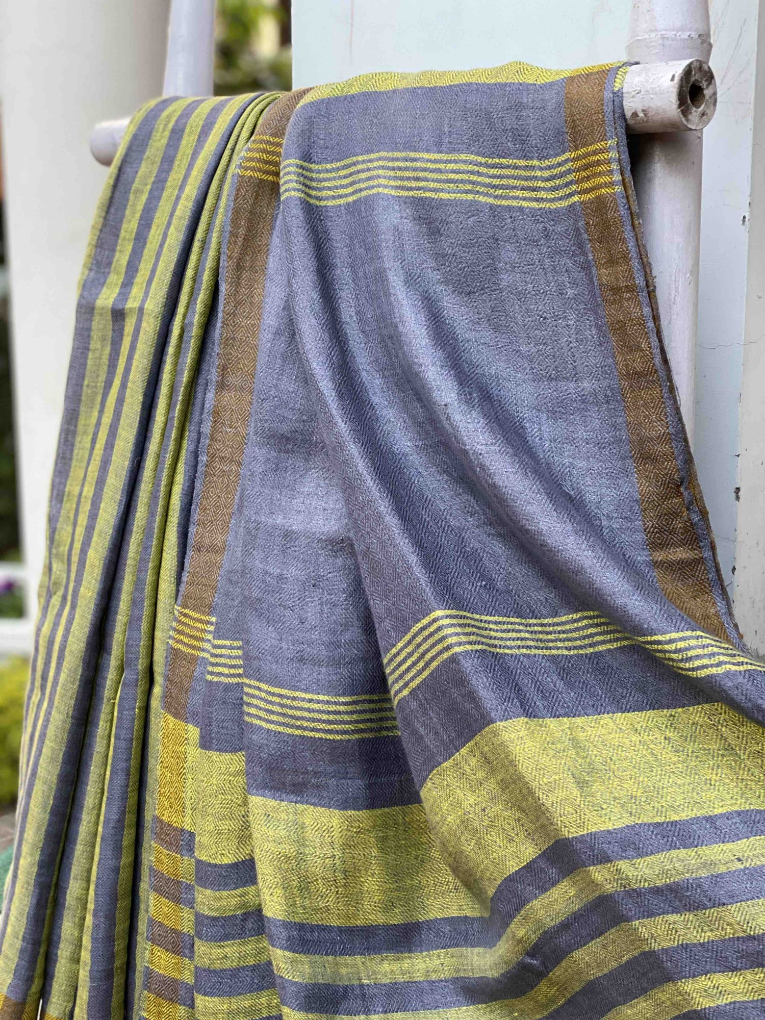 ' SILVER BUSH' GREYISH BLUE & LEMON SHADED HERRINGBONE LINEN HANDWOVEN SARI