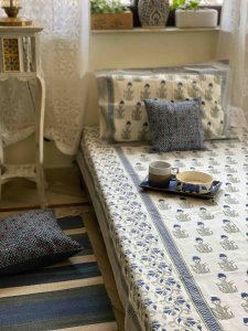 WHITE & BLUE COTTON BLOCK PRINT KING BEDSHEET