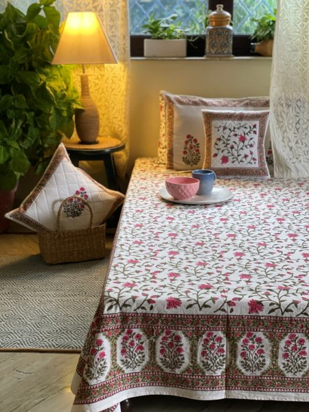 WHITE & PINK   COTTON BLOCK PRINT DOUBLE BEDSHEET