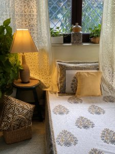 WHITE & GREY  COTTON BLOCK PRINT DOUBLE BEDSHEET