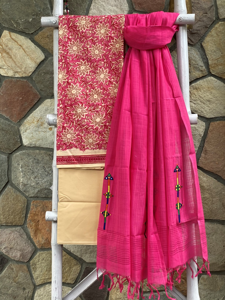 PINK COTTON MULL BLOCK PRINT EMBROIDERED DUPATTA SET