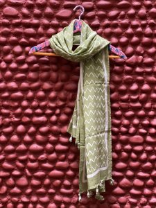 MEHNDI GREEN MULL COTTON BLOCK PRINT STOLE