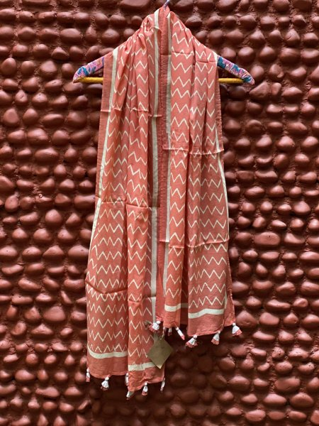 PEACH MULL COTTON BLOCK PRINT STOLE